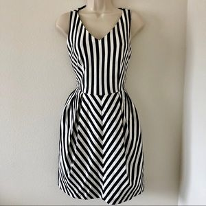 Stripped fit & flare dress